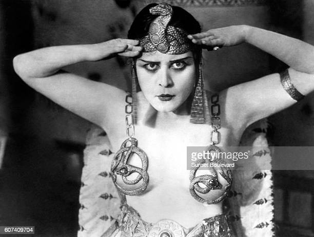 American actress Theda Bara on the set of Cleopatra directed by J Gordon Edwards