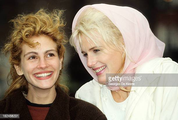 American actresses Daryl Hannah and Julia Roberts circa 1990