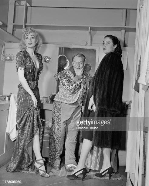 American actresses June Havoc and Dorothy Lamour backstage at a stage show circa 1945