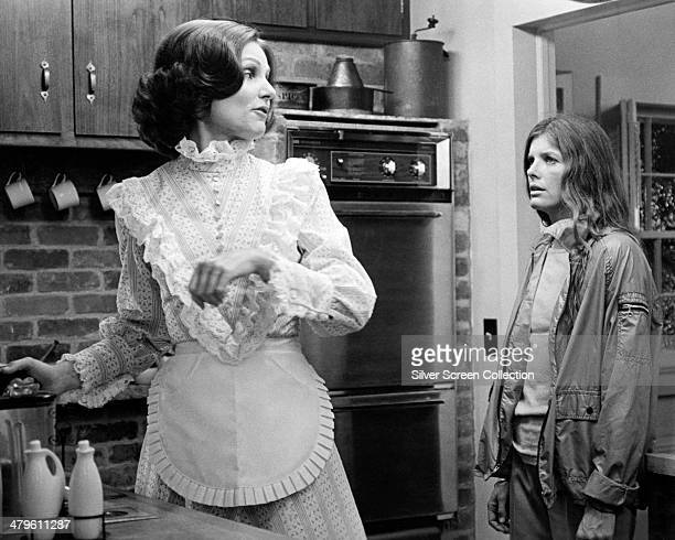 American actresses Paula Prentiss , as Bobbie Markowe, and Katharine Ross as Joanna Eberhart, in 'The Stepford Wives', directed by Bryan Forbes, 1975.