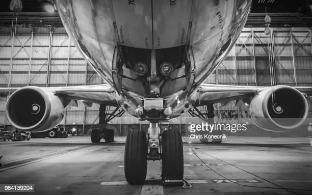 american airlines 767 in maintenance - american airlines stock pictures, royalty-free photos & images