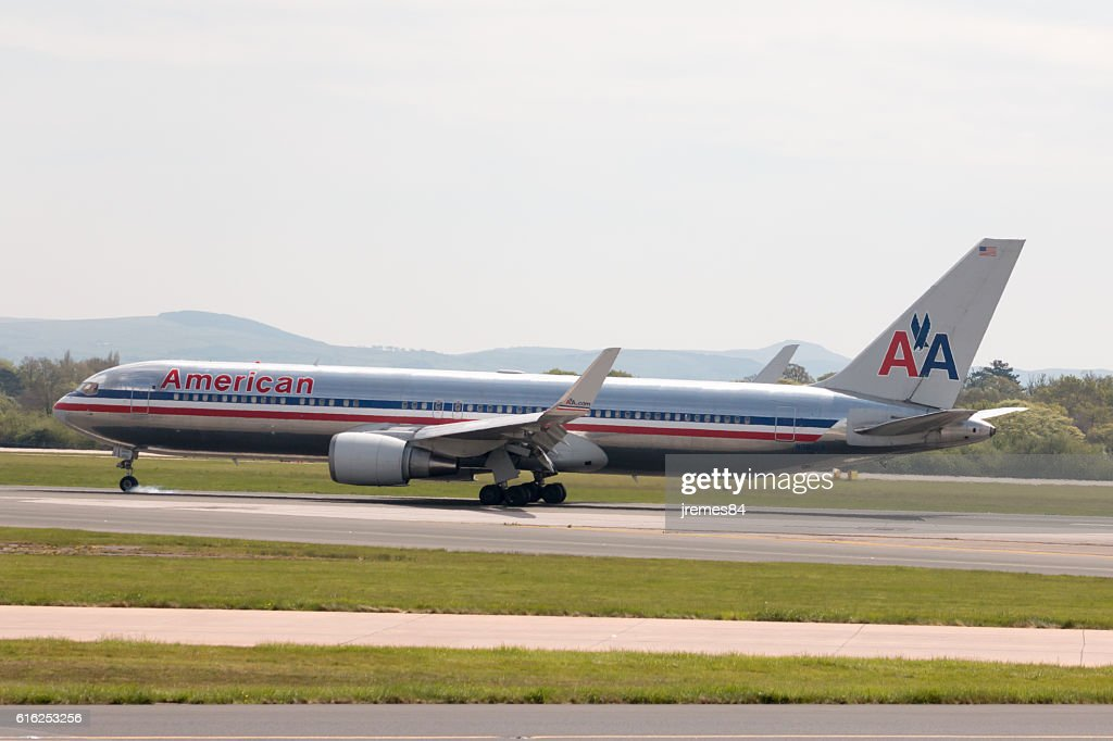 American Airlines A330 : Stock Photo