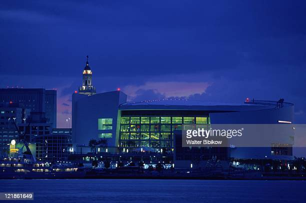 american airlines arena, miami, fl - american airlines stock pictures, royalty-free photos & images