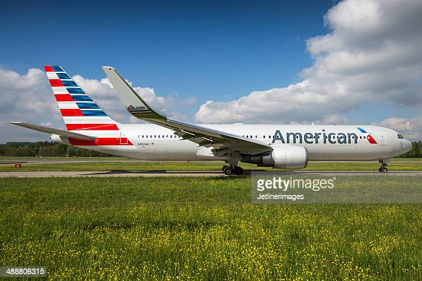 american airlines boeing 767-300/er - american airlines stock pictures, royalty-free photos & images