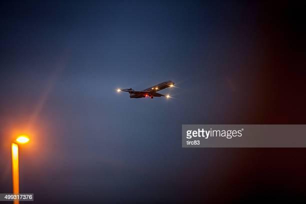 A American airlines Jato de aterragem à noite