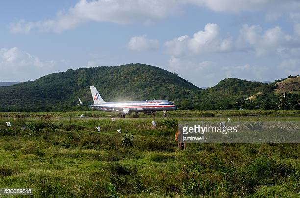 american airlines old livery on hewanorrah airport st lucia