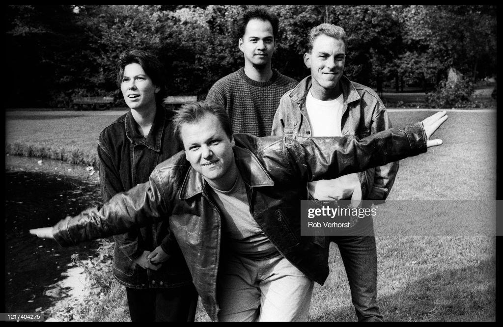 Pixies : News Photo