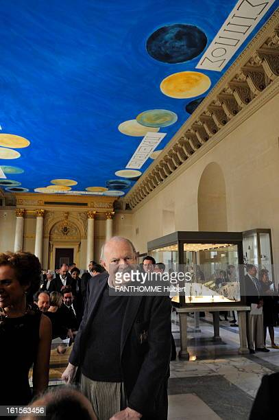 American Artist Cy Twombly Repaint The Ceiling Of Antique Bronze Room In The Louvre Paris 23 March 2010 smiling face plan Cy TWOMBLY at the...