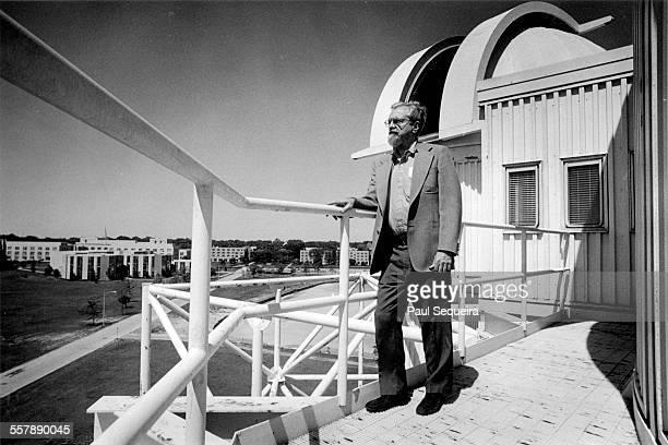 American astronomer Dr J Allen Hynek ufologist and professor of astronomy at Northwestern University's observatory Evanston Illinois 1977