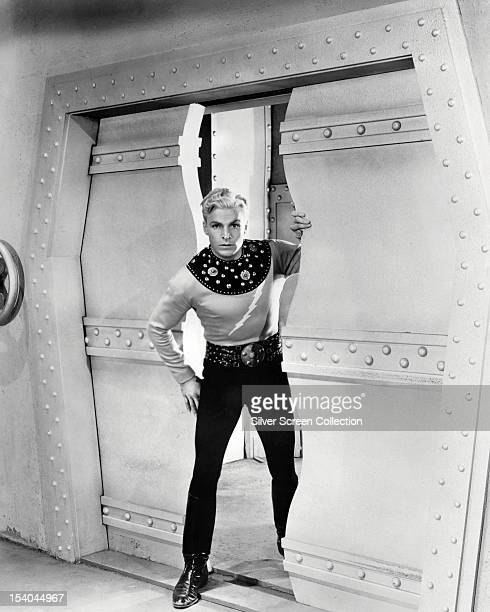 American athlete and actor Buster Crabbe in the title role of the science fiction film serial 'Flash Gordon' 1936
