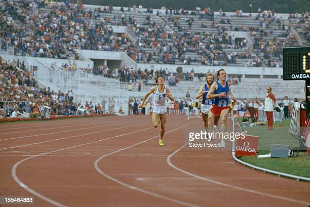 American athlete Henry Marsh on his way to victory in a men's 3,000 metre steeplechase event, circa 1985.