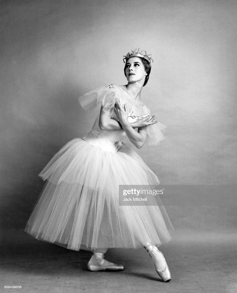 Cynthia Gregory stages Swan Lake, the ballet that made