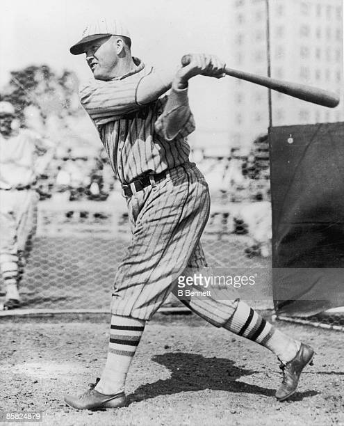 American baseball player Rogers Hornsby of the New York Giants practice in the batting cage 1927