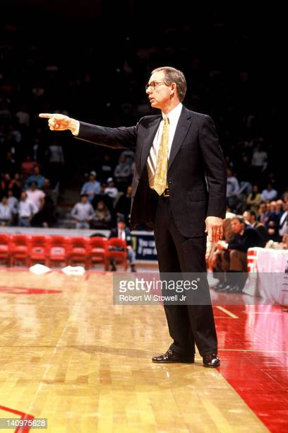 American basketball coach Cliff Ellis of Clemson University points from the sideline during the NCAA regional semifinal game against the University...