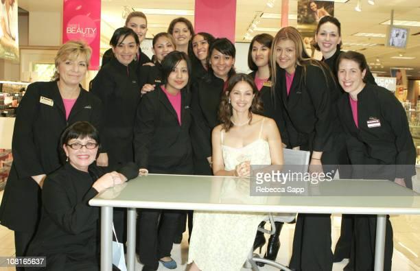 American Beauty spokesperson Ashley Judd with Kohl's beauty associates