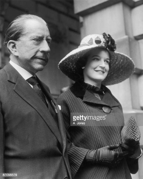 American billionaire J Paul Getty and his English solicitor Robina Lund arrive at Burlington House London for a private view of the Royal Academy...