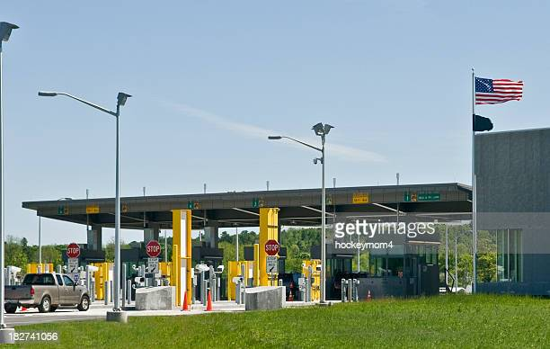 american border customs - geographical border stock pictures, royalty-free photos & images