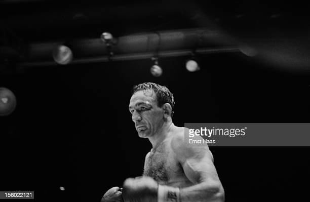 American boxer Carmen Basilio during his World Middleweight title rematch against Sugar Ray Robinson at Chicago Stadium 25th March 1958 Robinson won...