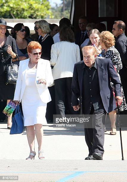 American Businessman Jack Carter Cyd attends Charisse's Funeral at the Hillside Memorial Park June 22 2008 in Los Angeles California