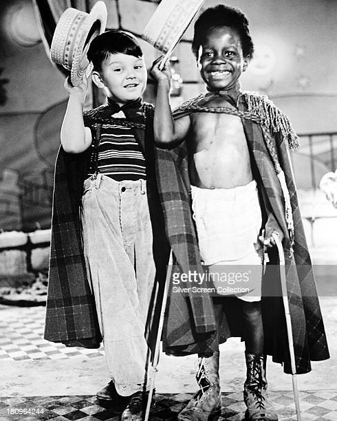 American child actors Eugene Gordon Lee and Billie 'Buckwheat' Thomas in a promotional still for 'Clown Princes' a film in the the MGM 'Our Gang'...