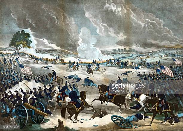 American Civil War 1861-1865: Battle of Gettysburg 1-3 July 1863. General Lee's last invasion of the North._Union infantry advancing from the right....