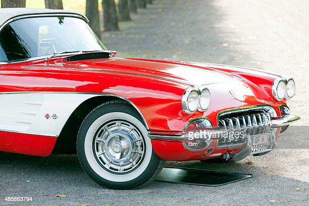 american classic car 1958 chevrolet corvette c1 - 1960 corvette stock pictures, royalty-free photos & images