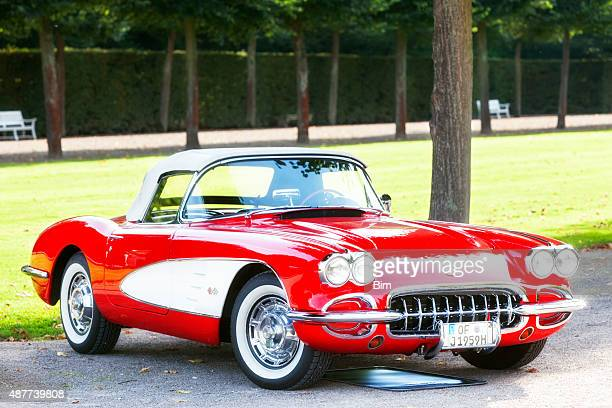american classic car 1958 chevrolet corvette c1 - chevrolet corvette stock pictures, royalty-free photos & images