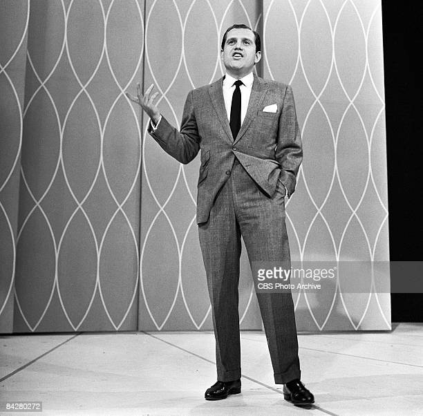 American comedian Alan King performs on an episode of 'The Garry Moore Show,' New York, New York, October 16, 1959.