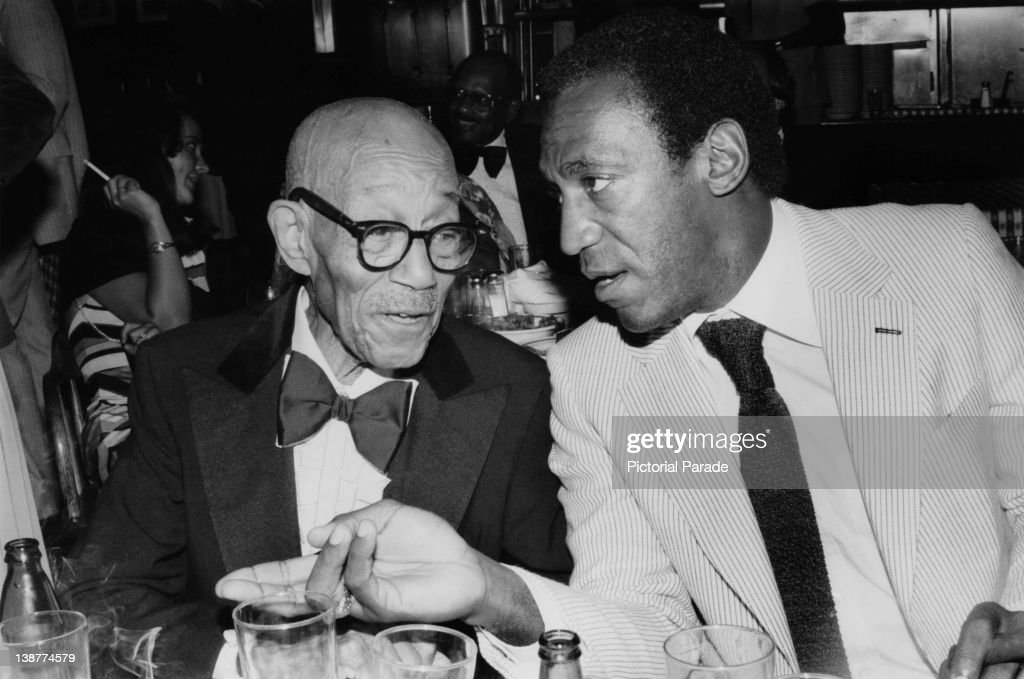 Bill Cosby And Eubie Blake : News Photo