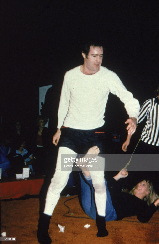 Andy Kaufman Wrestling Elizabeth Hocker : News Photo