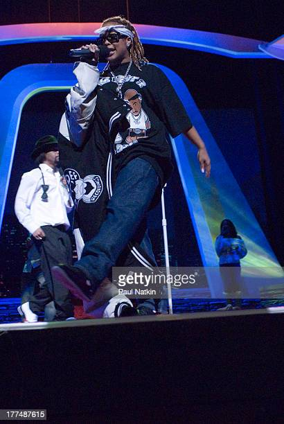 American comedian Katt Williams and rapper Da Brat perform on stage at the Aire Crown Theater Chicago Illinois December 31 2006