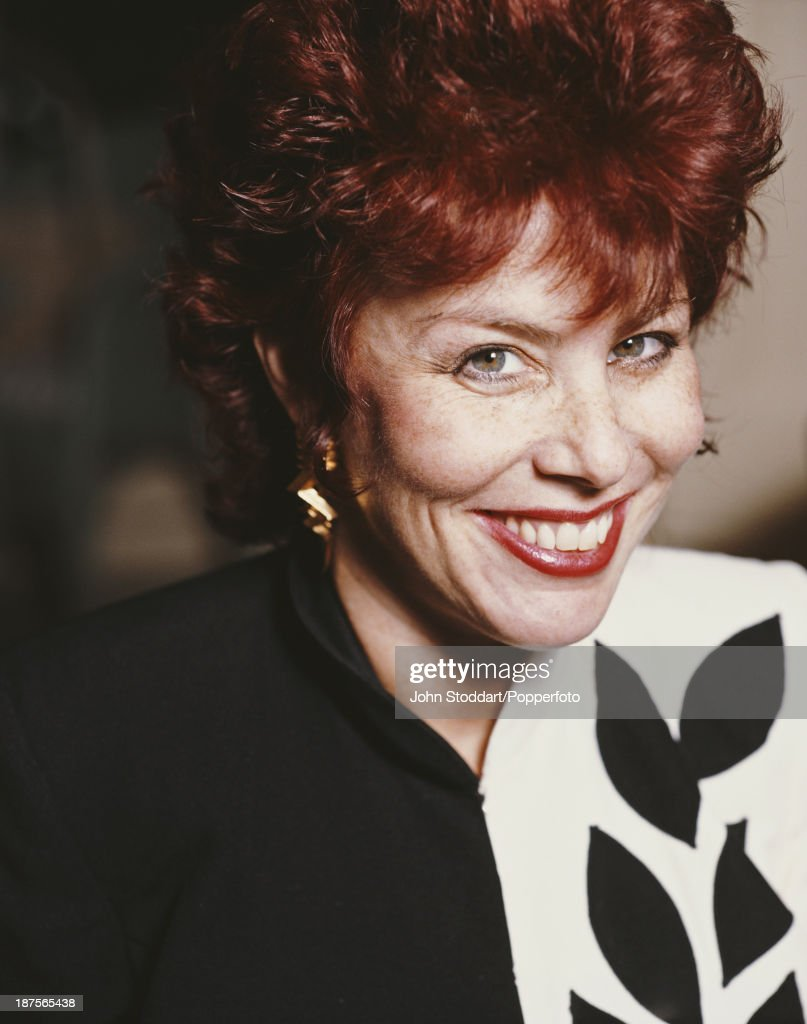 American comedian Ruby Wax, 1991.