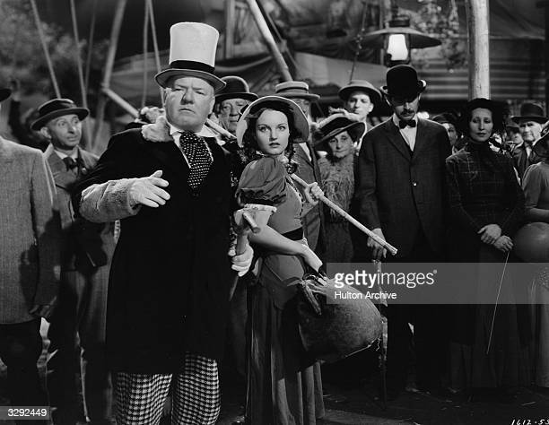 American comedian WC Fields stars with Rochelle Hudson in the film 'Poppy' directed by A Edward Sutherland for Paramount 1936