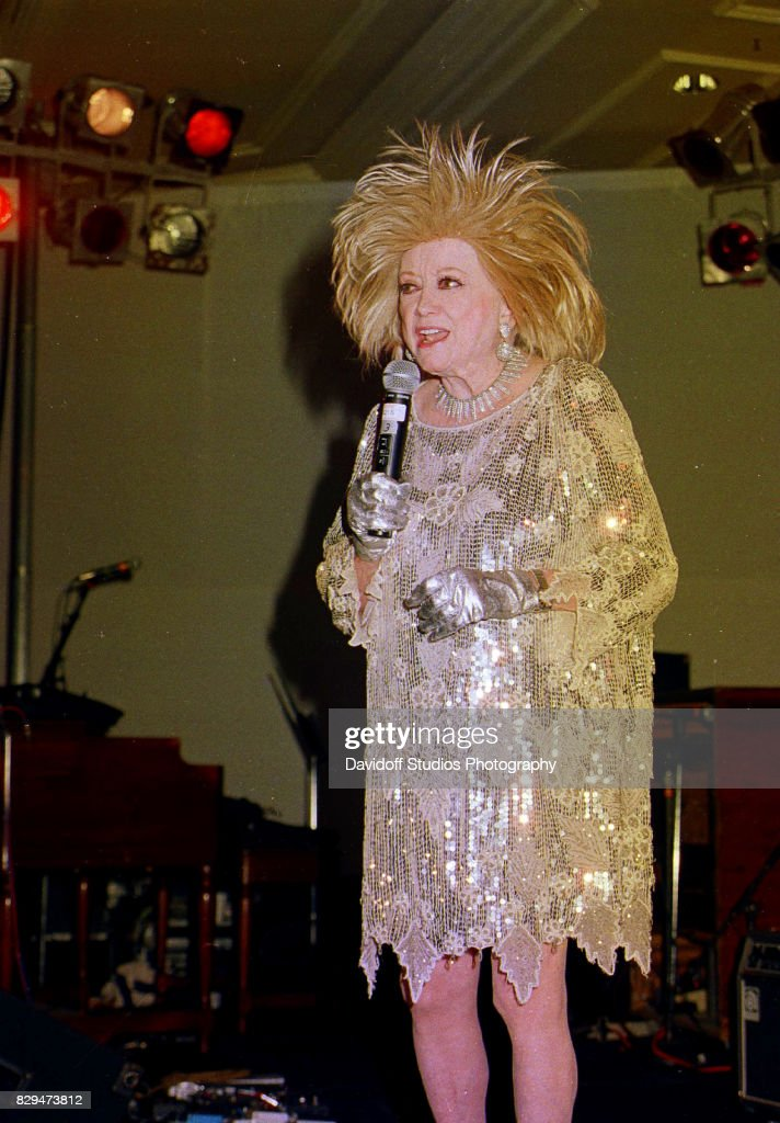 Phyllis Diller At 'Lady In Red' Gala : News Photo