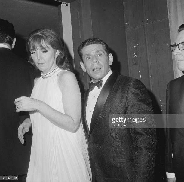 American comic Jerry Stiller speaks as he and wife and partner Anne Meara attend a formal event 1967