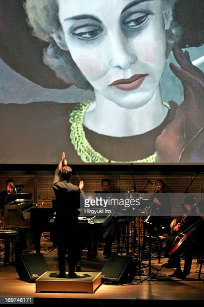 American Composers Orchestra performing at Zankel Hall on Wednesday night November 17 2004This imageSteven Sloane conducting Randal Woolf's 'Women at...