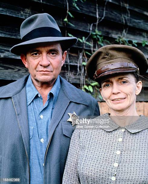 American country and western singersongwriter Johnny Cash and his wife June Carter Cash as Sheriff Lamar Potts and Mayhayley Lancaster in the TV...
