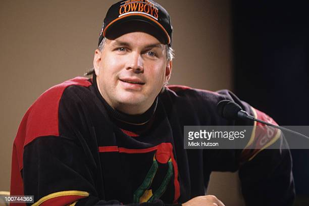 American country singer Garth Brooks in 1995