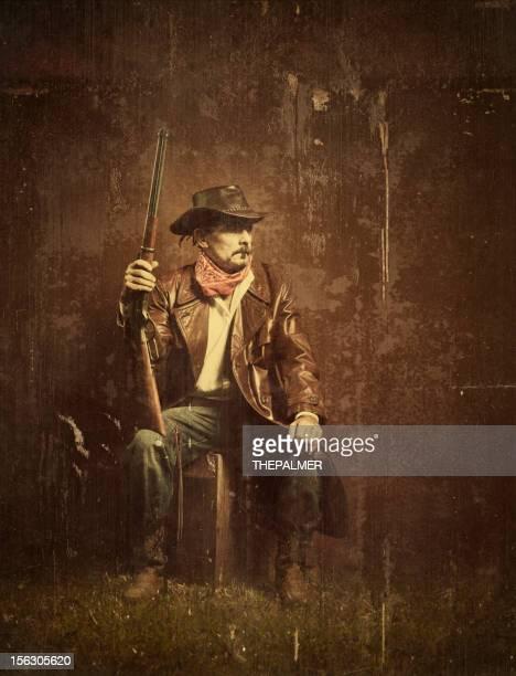 american cowboy con fucile