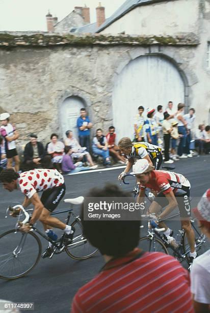American cyclist Greg LeMond competing in the Critérium de Château-Chinon road race, Château-Chinon, Nièvre, France, circa 1982.