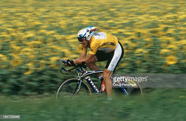 American cyclist Lance Armstrong during Stage 18 of the Tour de France between Monlucon and StArmandMontrond in France 27th July 2001