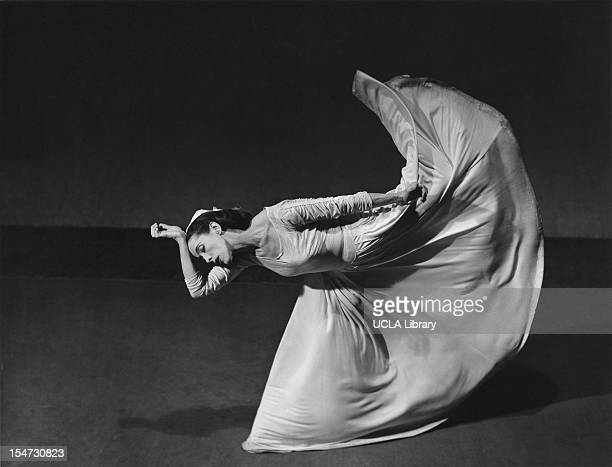 American dancer and choreographer Martha Graham performs 'Letter to the World' New York New York 1940 The piece depicted the life of poet Emily...