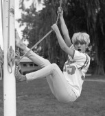 American dancer and dance instructor and future actress goldie hawn picture id152184190?s=170x170