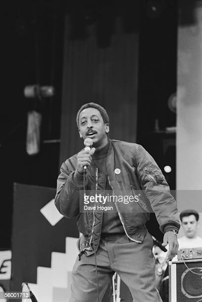 American dancer and film actor Gregory Hines addresses the crowd at the 70th birthday tribute concert for imprisoned South African leader Nelson...