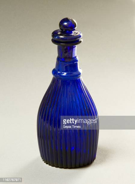 Decanter or Cruet with Stopper American 1825Ð1840 Glass Overall 5 3/4 x 2 7/8 in
