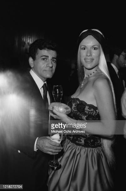 American DJ Casey Kasem with his wife, actress Jean Kasem, nee Thompson, circa 1985.