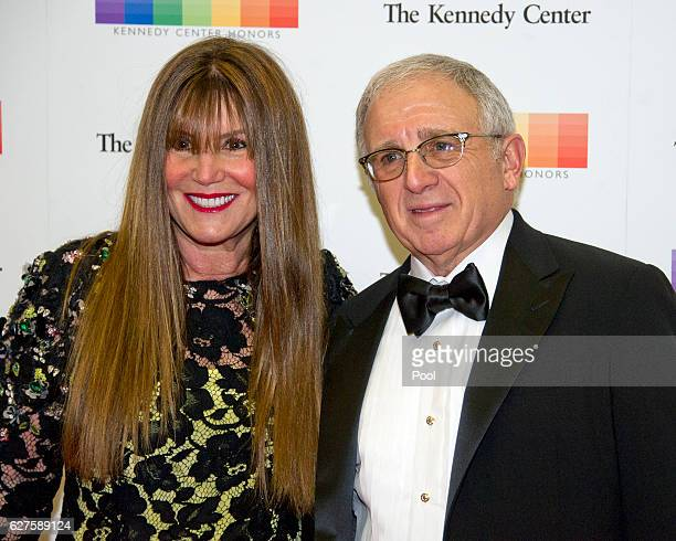 American entertainment executive and personal manager Irving Azoff and his wife Shirley arrive for the formal Artist's Dinner honoring the recipients...