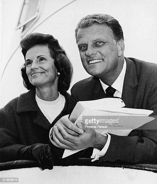 American evangelist Billy Graham and his Chineseborn wife Ruth on board the 'Queen Mary' before their departure for London to launch the 'Greater...