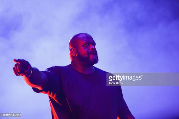 American Express Brings Together Rapper Travis Scott and Sport's Legend Shaquille O'Neal at Austin City Limits Festival on October 14 2018 in Austin...