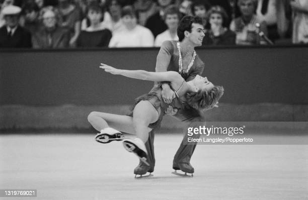 American figure skaters Natalie Seybold and Wayne Seybold compete for the United States in the Pairs event at the St Ivel International figure...